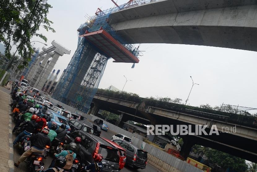 Anies-Sandi Kunjungi Pembangunan MRT di Fatmawati