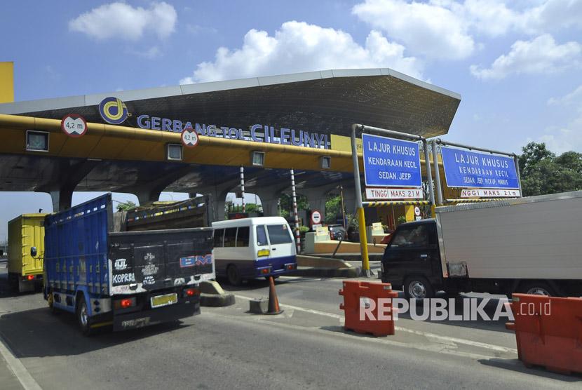 Pemprov Bandung Lanjutkan Proyek Tol Cigatas