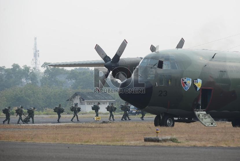 Pesawat hercules (ilustrasi)