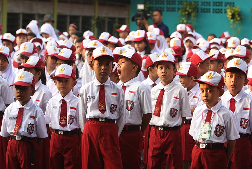 Komunitas 1000 Guru Papua Motivasi Anak Belajar ...