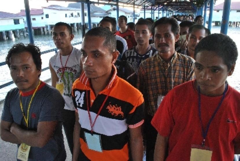 Sejumlah TKI yang bekerja di Malaysia.