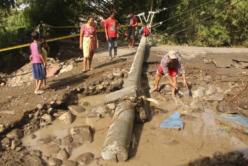 Begini Kronologi Banjir di Lombok Timur