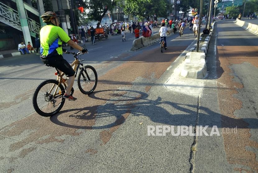 Kemenpora Prakarsai Hari Bersepeda Nasional 19 November