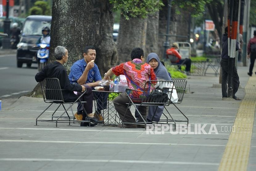 Sidewalk of Ir H. Djuanda (Dago) Street, Bandung city, West Java.