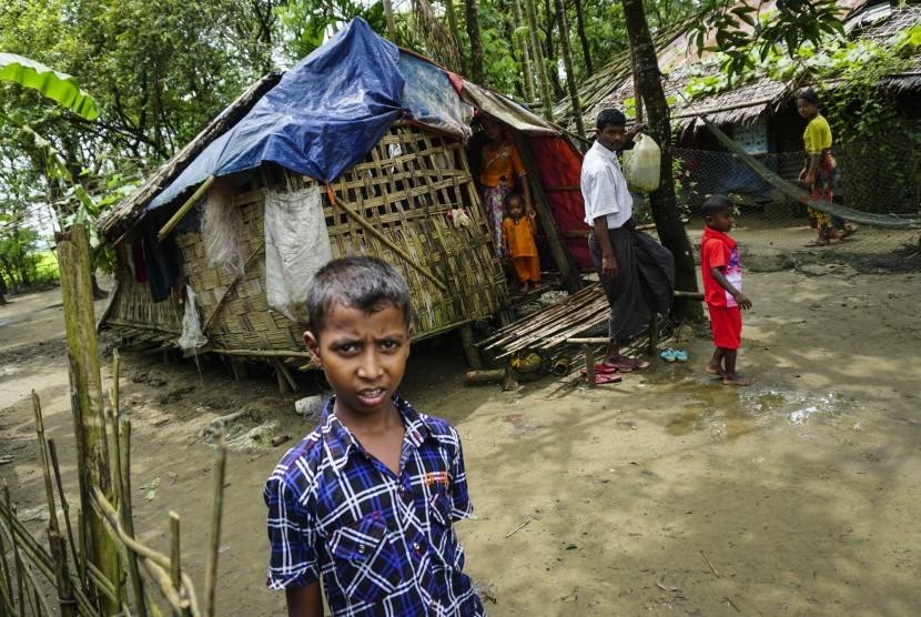 HRW: Militer Myanmar Perkosa Wanita Rohingya