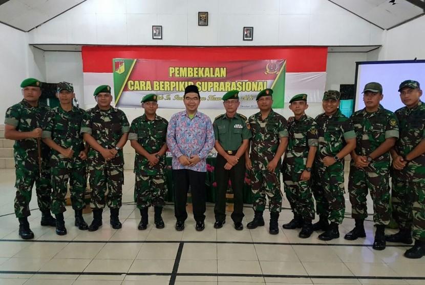 Sekitar 104 anggota TNI se-Korem 132/Tadulako, Selasa (4/10) mengikuti seminar suprarasional.