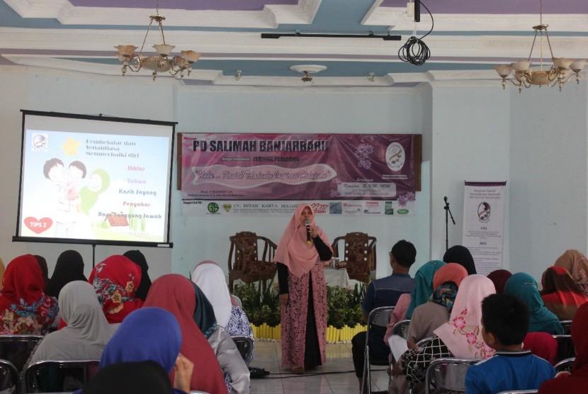 Seminar Parenting Salimah