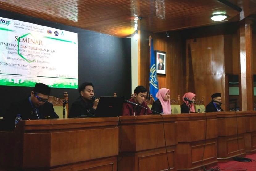 Seminar Pemikiran dan Peradaban Islam.