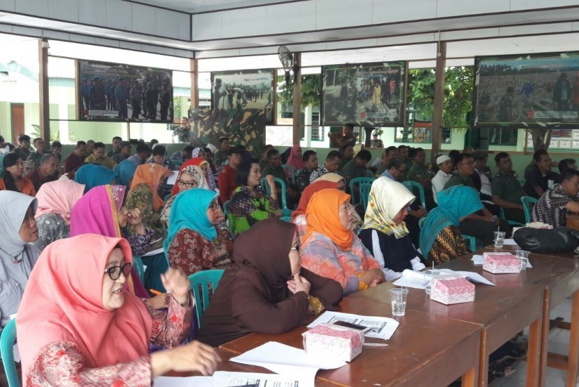 Seminar wisata matematika bela negara di Palu.