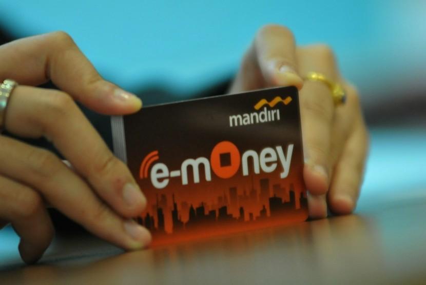 Gandeng Bank Mandiri, CIMB Niaga akan Cetak 100 Ribu E-Money