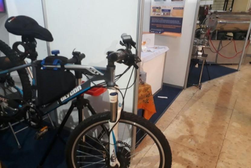 Mengenal Sepeda Listrik Karya Anak Bangsa