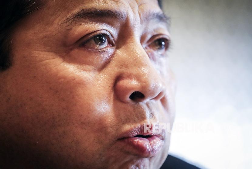 IPR: Kemelut Kasus Setnov Buat Golkar Makin Terpuruk