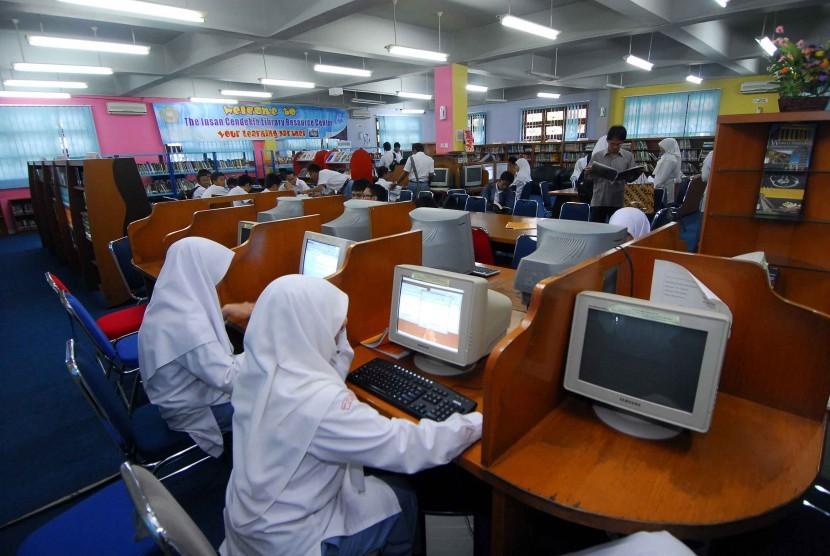 Students of MAN Insan Cendekia Serpong.