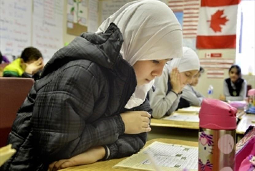 Siswa Muslim di Hamilton, Kanada