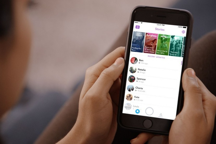 Snapchat Stories. Ilustrasi