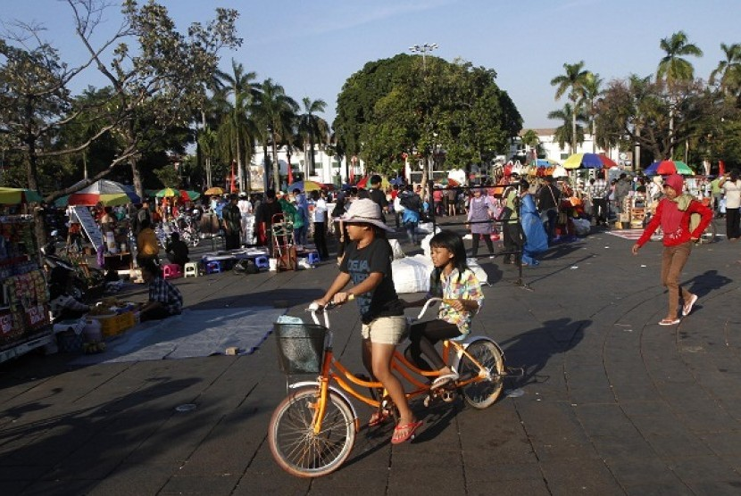 Tourists flock the Old City, Jakarta, during the last day of long holiday which falls on Sunday.