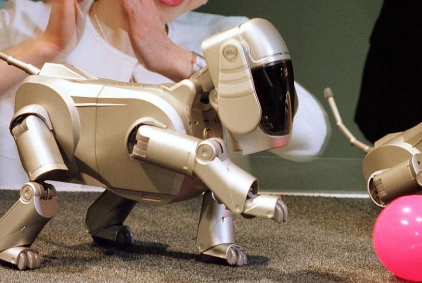 Sony Aibo, robot pintar Jepang.