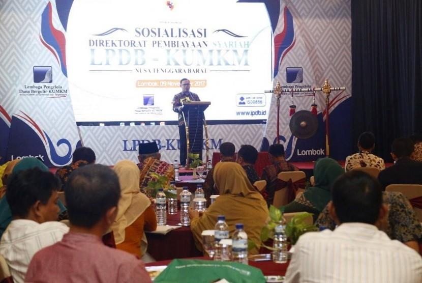 Sosialisasi Direktorat Pembiayaan Syariah LPDB KUMKM, di Mataram, Kamis (9/11).