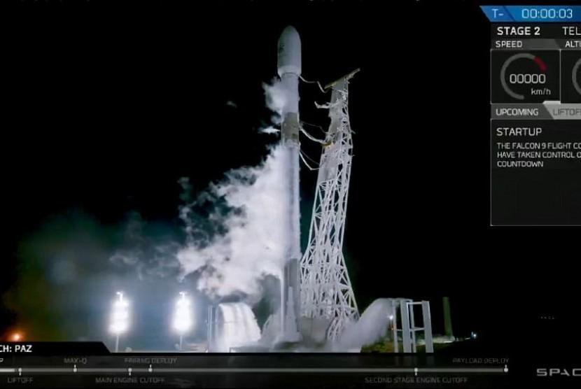 SpaceX Luncurkan Satelit untuk Internet Super Cepat