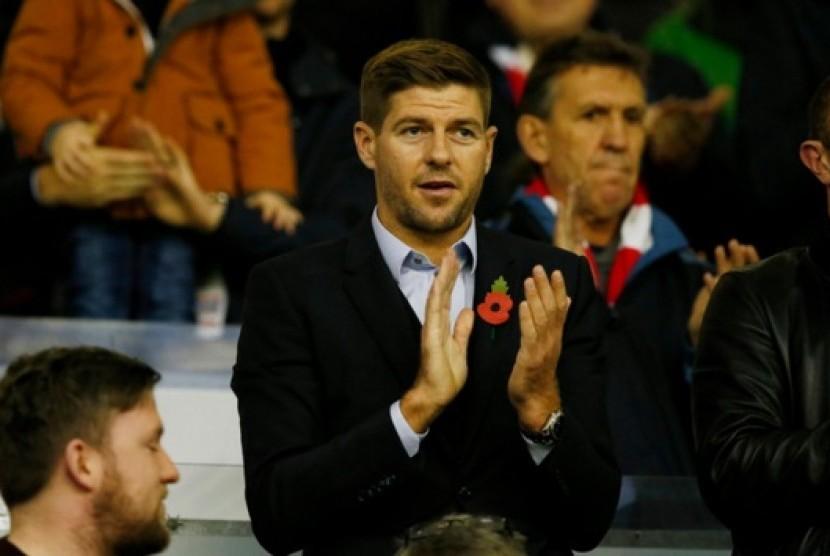 Gerrard: Liverpool Sudah Berusaha Keras Menahan Coutinho