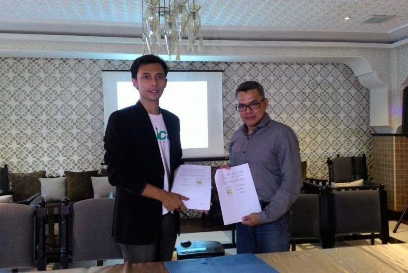 Sticar resmi menjalin kerja sama (//partnership//) dengan PT Marvons Media Utama (Marvons Outdoor).
