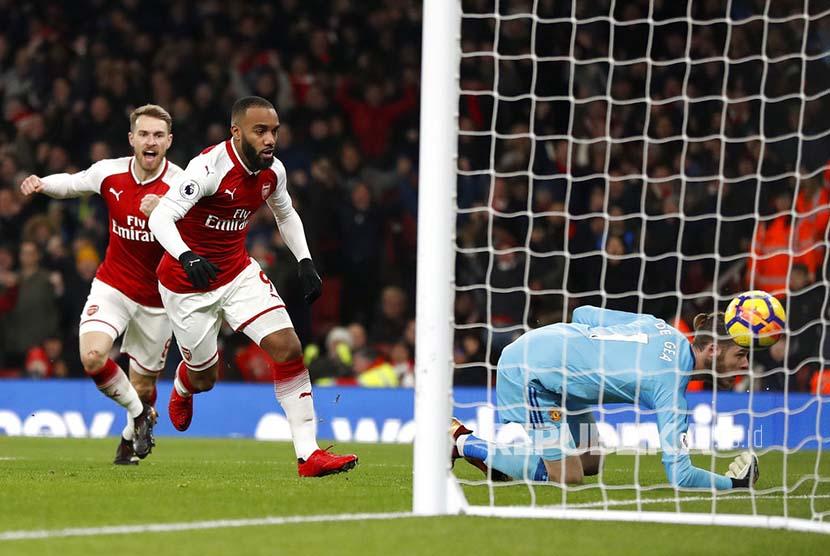 10 Pemain MU Pecundangi Arsenal 3-1