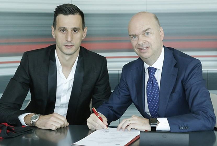 CEO Milan: Kalinic Jadi Pembelian Terakhir Musim Panas Ini