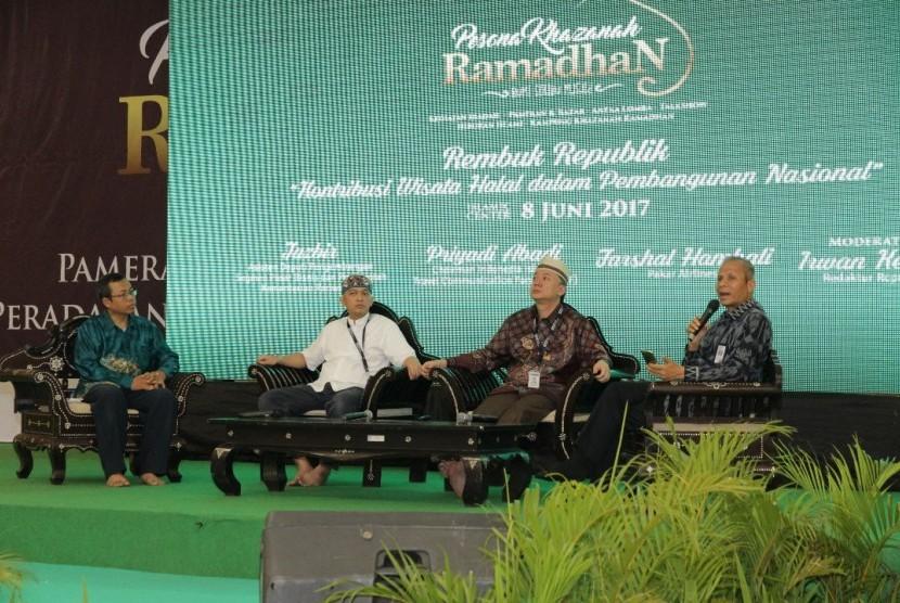 Suasana acara Rembuk Republik yang digelar di Mataram, Lombok, NTB, Kamis (8/6).