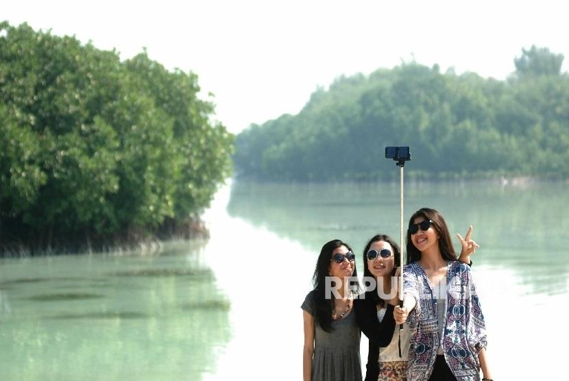 Suasana objek wisata bahari di Kepulauan Seribu. (ilustrasi)