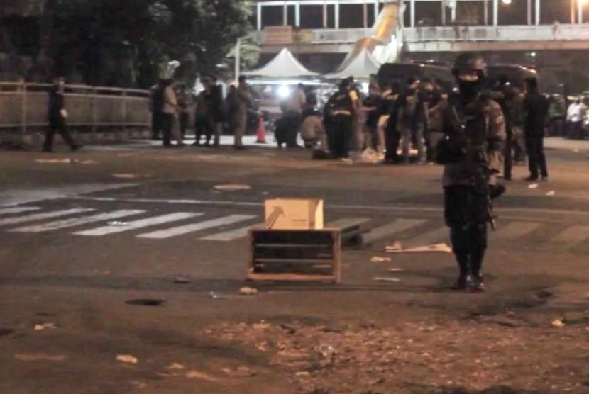 Suasana pascaledakan bom di Kampung Melayu. (ilustrasi)