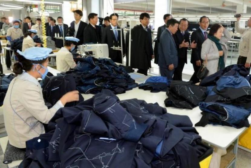 Suasana pekerja di Kompleks Industri Kaesong di Korea Utara