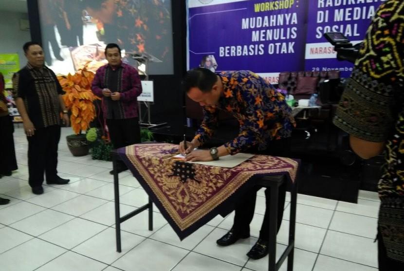 Suasana peluncuran Forum Ilmuwan Informatika dan Komputer Indonesia (FIIKRI).