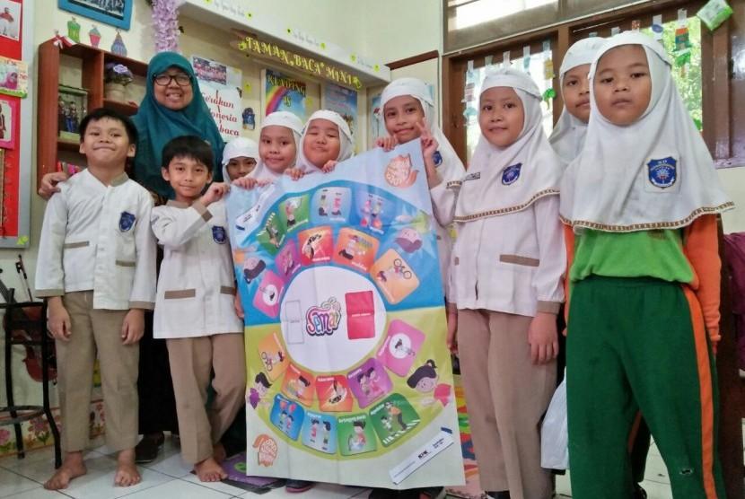 Suasana pembelajaran antikorupsi yang digelar di SD Mjuhammadiyah 1 Ketelan, Surakarta, Jawa Tengah.