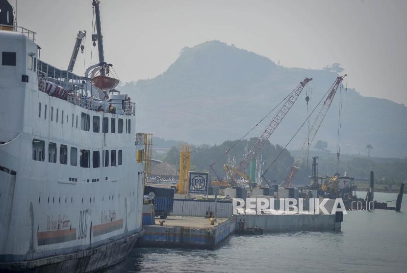 Pelabuhan Bakauheni, Lampung.