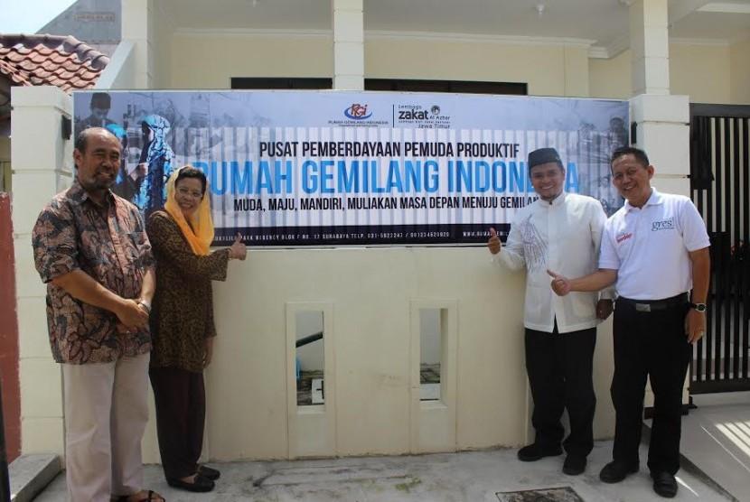 Suasana peresmian Rumah Gemilang Indonesia (RGI) Surabaya.
