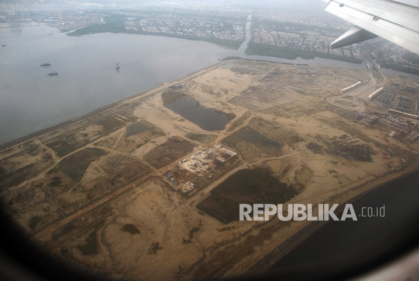 Aerial view of the G Island, one of the result of Jakarta Bay reclamation project. The photo was waken on September 23, 2016.