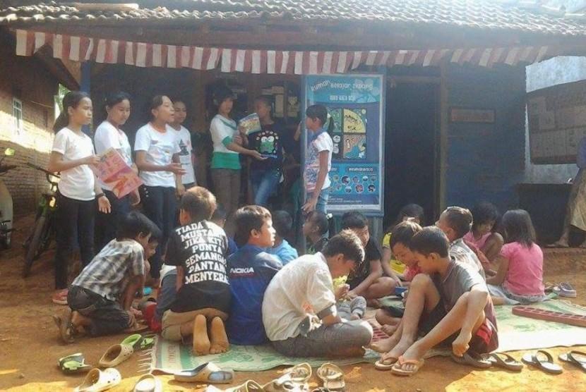Suasana Rumah Belajar Ilalang (RBI) Jepara