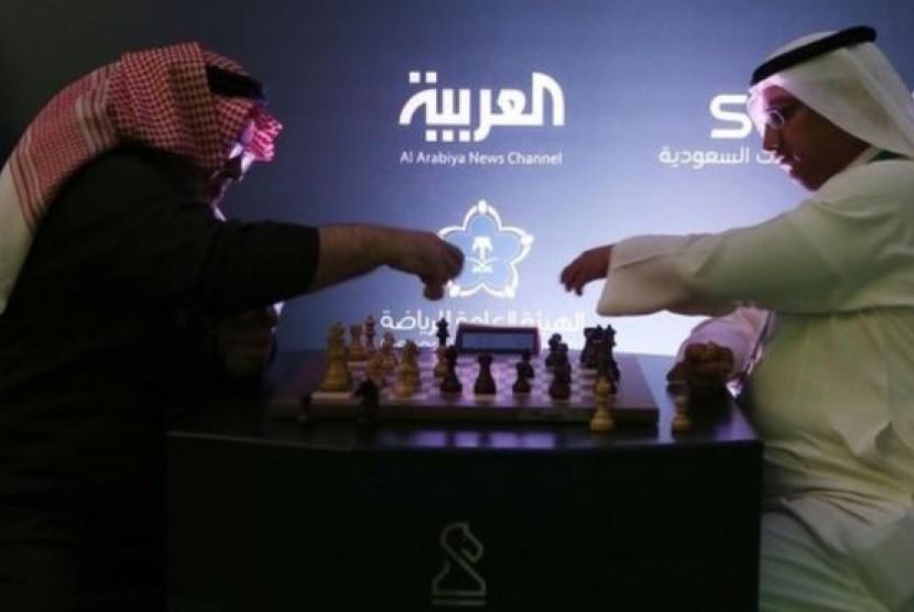 Suasana turnamen catur internasional di Riyadh, Arab Saudi.