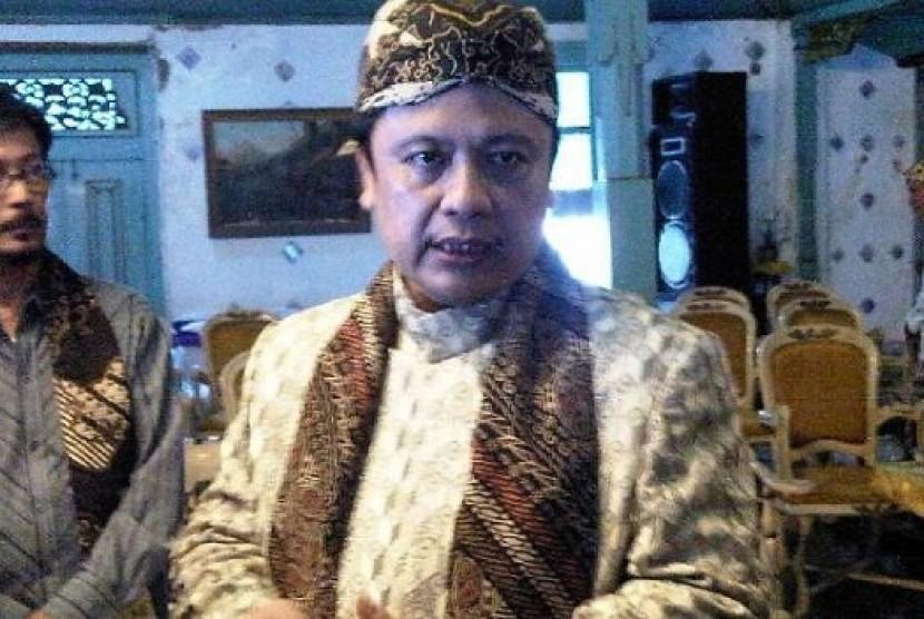 Sultan Kasepuhan Cirebon P.R.A Arief Natadiningrat, S.E.
