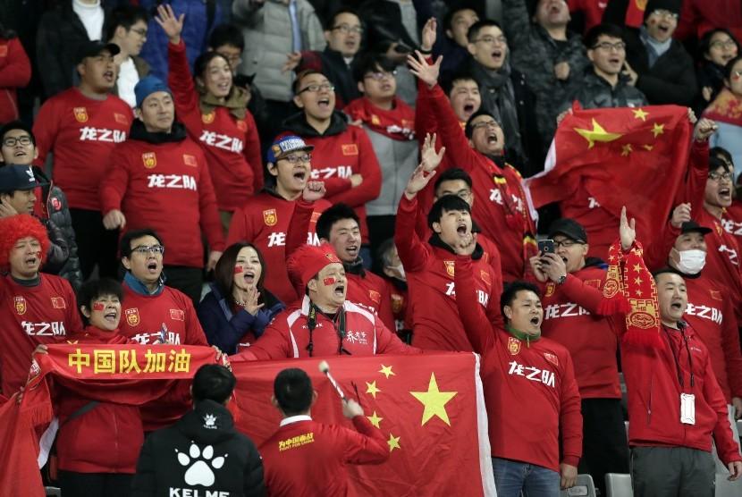 Suporter Cina.