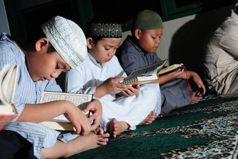 Tadarus Alquan di bulan Ramadhan