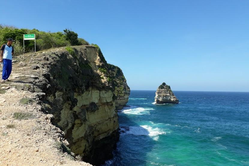 Taman Wisata Alam Gunung Tunak, Lombok, NTB.