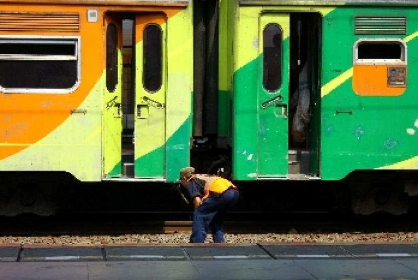 Tambahan gerbong kereta
