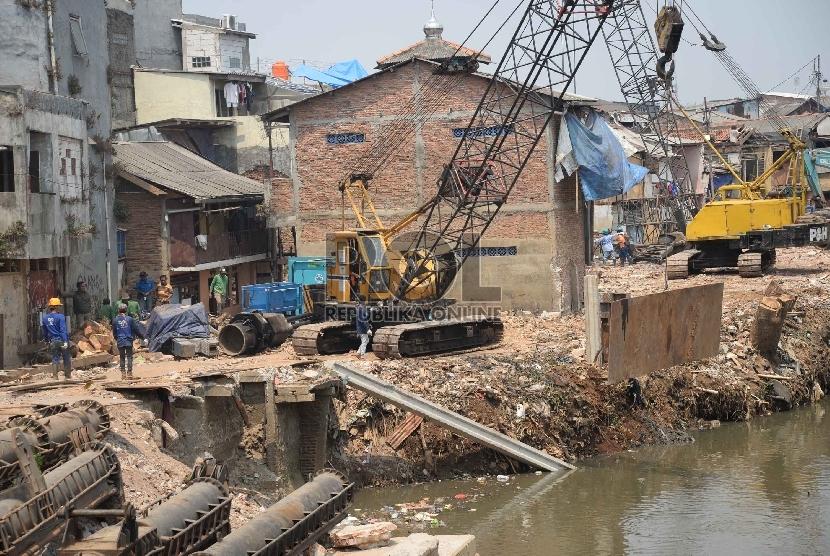 Normalisasi sungai (ilustrasi)
