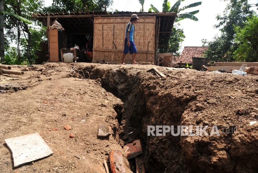 Tanah Bergerak di Banjarnegara, 422 Jiwa Diungsikan
