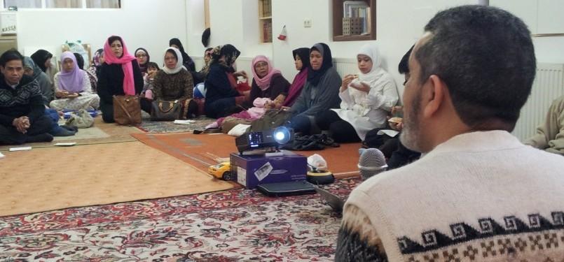 Taushiah dalam Peringatan Maulid Nabi di Masjid As-Salam
