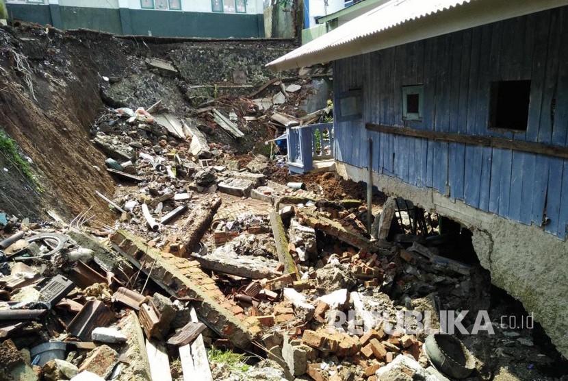 Diguyur Hujan Deras Sejak Malam, Sukabumi Siaga Bencana