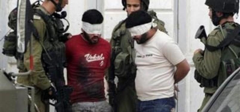 Tentara Israel menculik pejuang Palestina (ilustrasi)