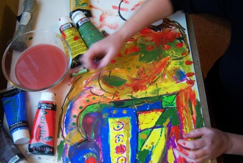 terapi seni