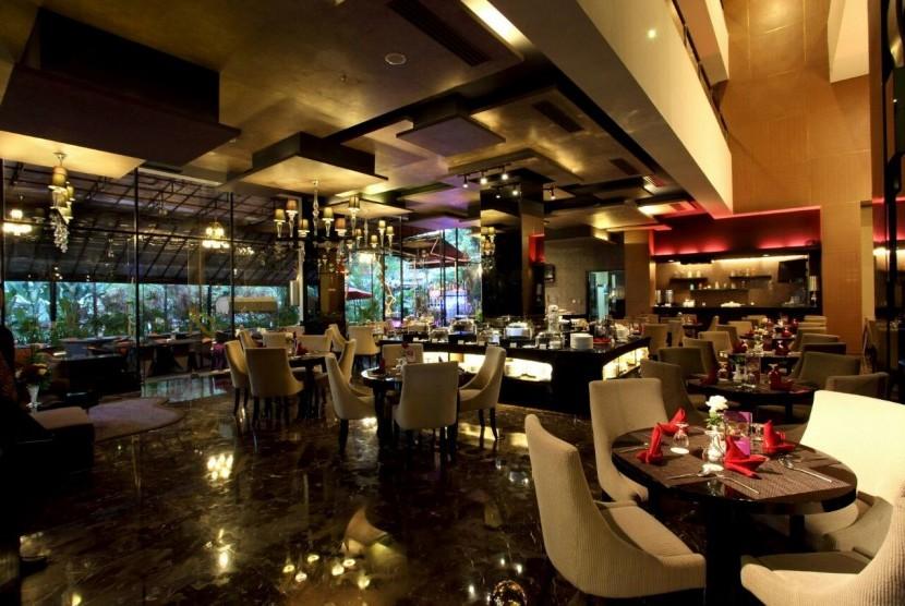 The Roses Restaurant, Amaroossa Hotel Bandung